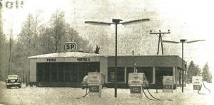 Huoltoasema Käsämässä, kuva vuodelta 1967.
