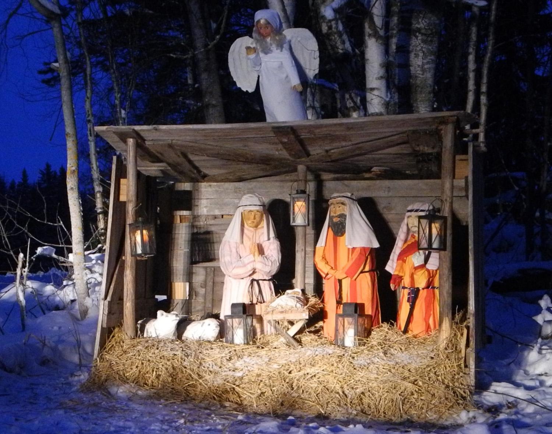 Seimi kutsuu hiljentymään joulukiireiden keskellä.