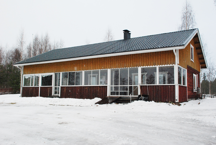 Haapasalmen kylätalon remontointi oli viime vuonna suurin leader-rahoitusta saanut kunnostushanke Rääkkylässä. Nyt avustusta on tarjolla pienempiin kunnostuksiin. Arkistokuva vuodelta 2014.