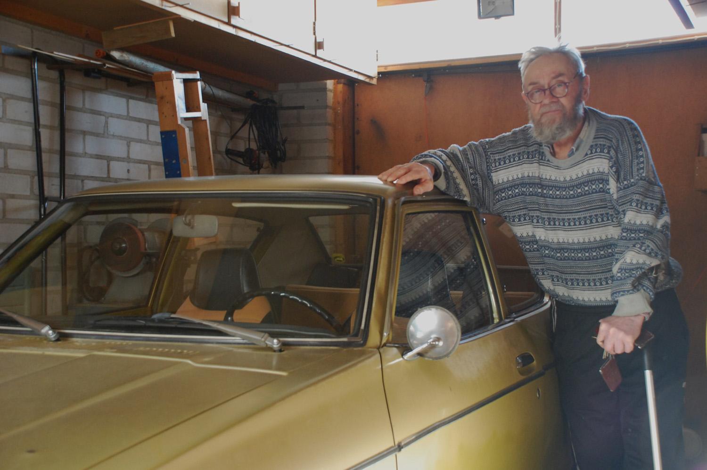 Kaarlo Levonperä on ajanut datsunillaan 39 vuotta.