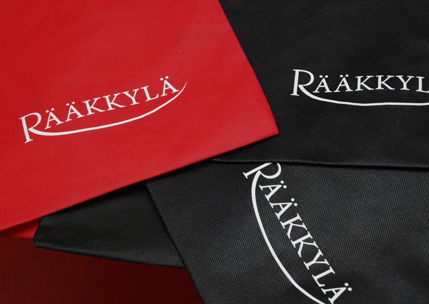 Punainen ja musta ovat Rääkkylän värit.