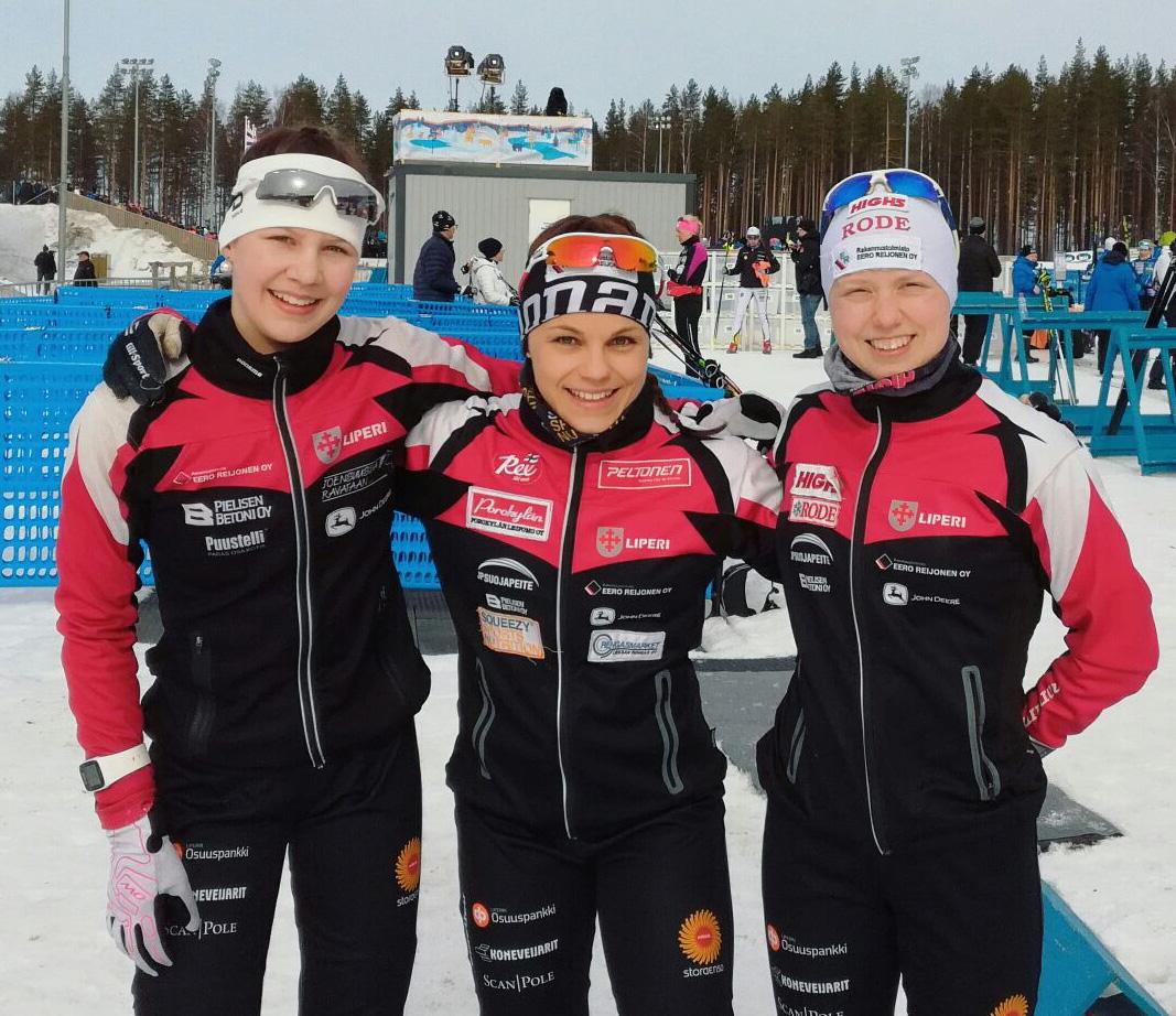 Lotta Kurttila (vas.), Jenni Tolonen ja Petra Torvinen