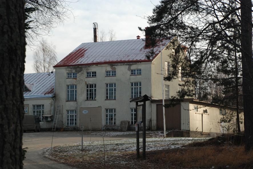 Myllymeijerin rakennus on tuttu Paksuniemessä vieraileville.