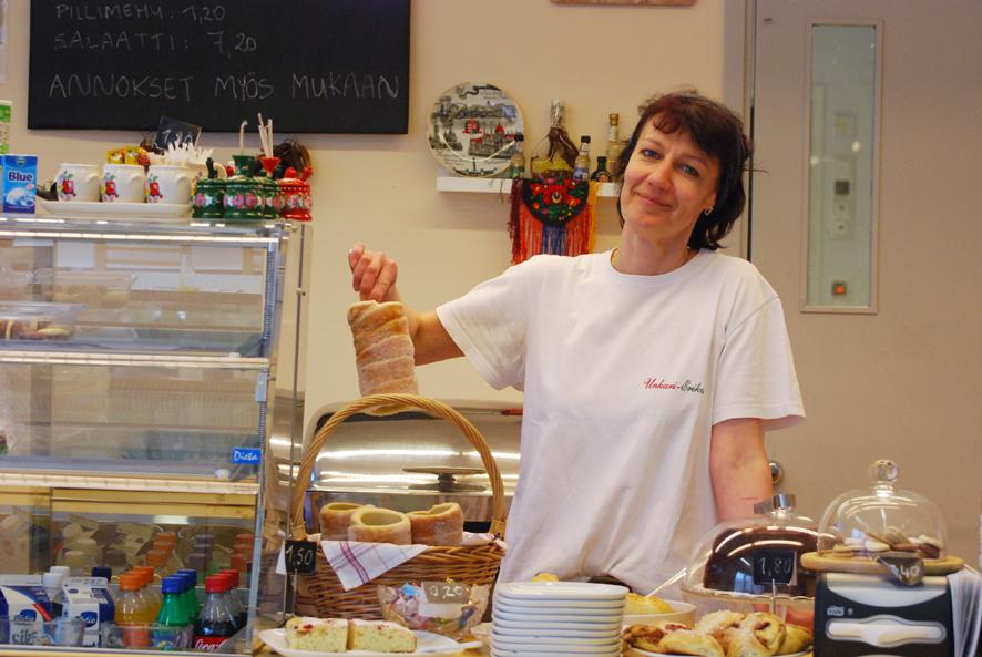Erika Megyesin kahvilan suosikkituote on unkarilainen rullapulla.