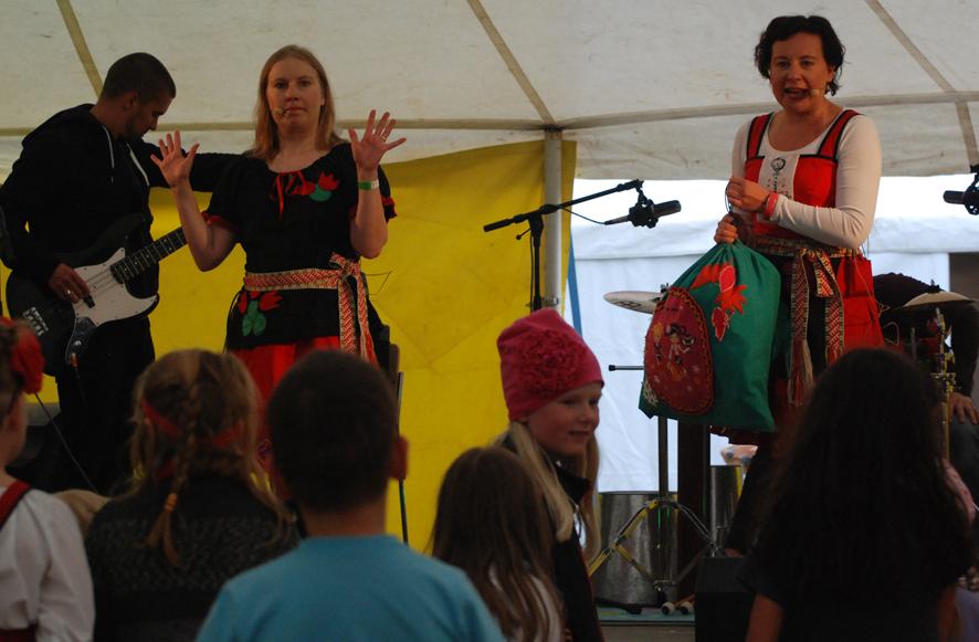 Mimmien konsertti on nuoren Kihaus-yleisön mieleen.