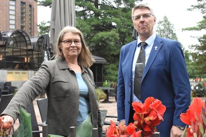 Seija Karttunen jätti toiminnanjohtajan työt Jouni Mattilalle.