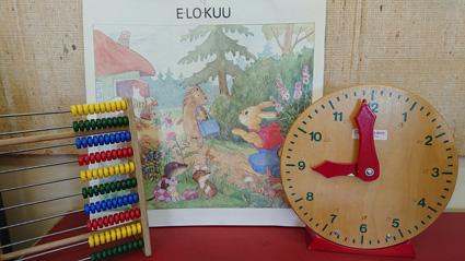 Salokylän koululla kellot soi jo ennen yhdeksään. Kuva: Jaana Minkkinen