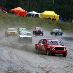 Jokkis-autot pärisivät Ylämyllyllä viikonvaihteessa.