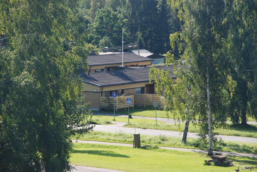 Rääkkylän kirkonkylällä sijaitsevien rivitalojen kunnostettuihin huoneistoihin jopa jonotetaan.