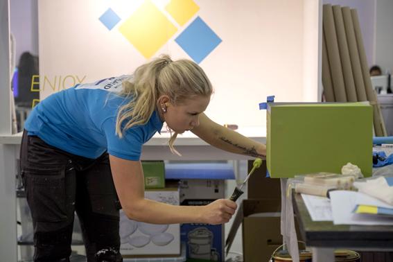 Salla Käyhkö kilpaili visuaalisen myyntityön lajissa. Kuva: WorldSkills