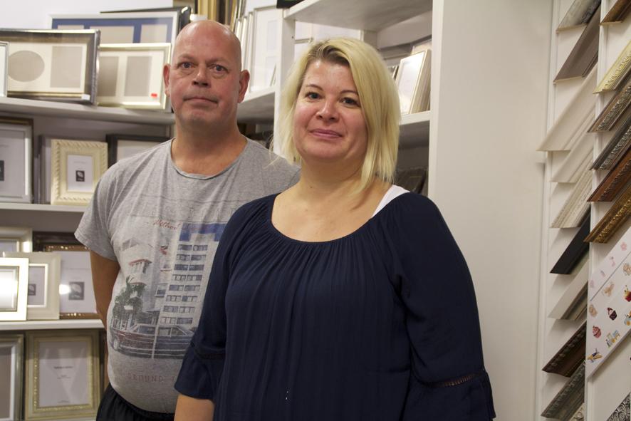 Itä-Suomen Fototukku työllistää Jari Kärkkäisen ja Niina Hirvosen.