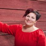 Sari Kaasinen ei Rääkkylässä esittelyjä kaipaa.