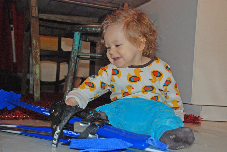 Cosmo Phoenix on liikunnallinen ja iloinen lapsi.