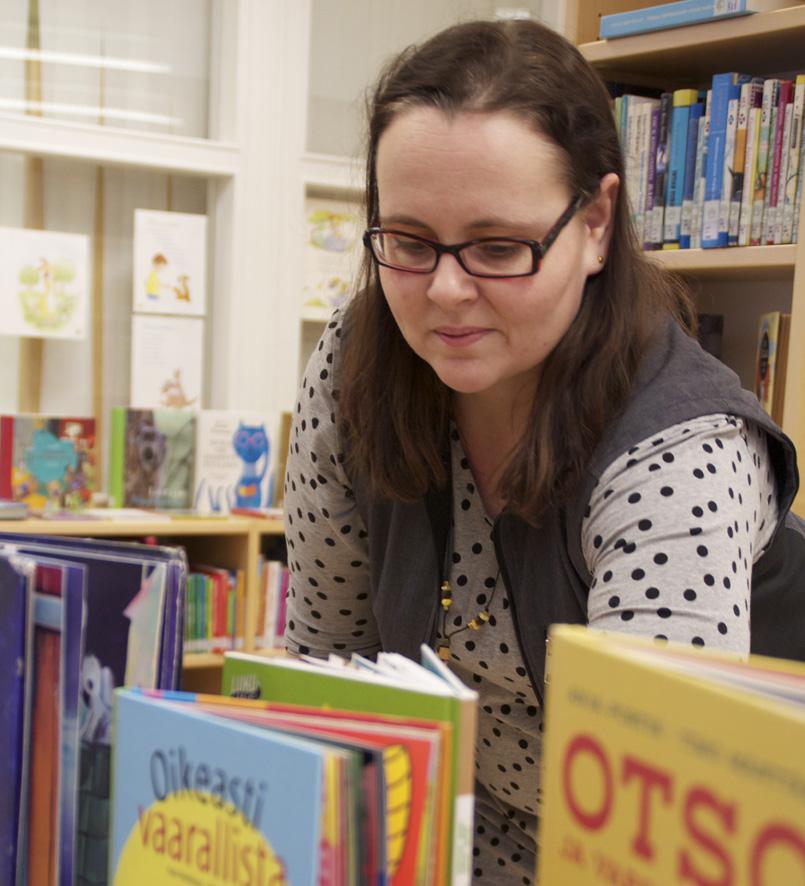 Kirsi Nieminen tuntee erityisen hyvin lasten ja nuorten kirjallisuuden.