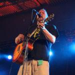 Paleface esiintyi Kihauksessa Räjähtävän Nyrkin kera vuonna 2011.