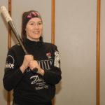 Pelinjohtaja ja monissa hommissa pesiskentän laidalla hääräävä Vilma Räsänen toivoo, että uusi joukkue tuo pesisbuumin takaisin Viinijärvelle.