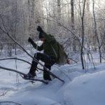 Maisema avautuu lumikengillä liikuttaessa aivan uudella tavalla. Kari Kuisma kulkee luonnossa minne vain.
